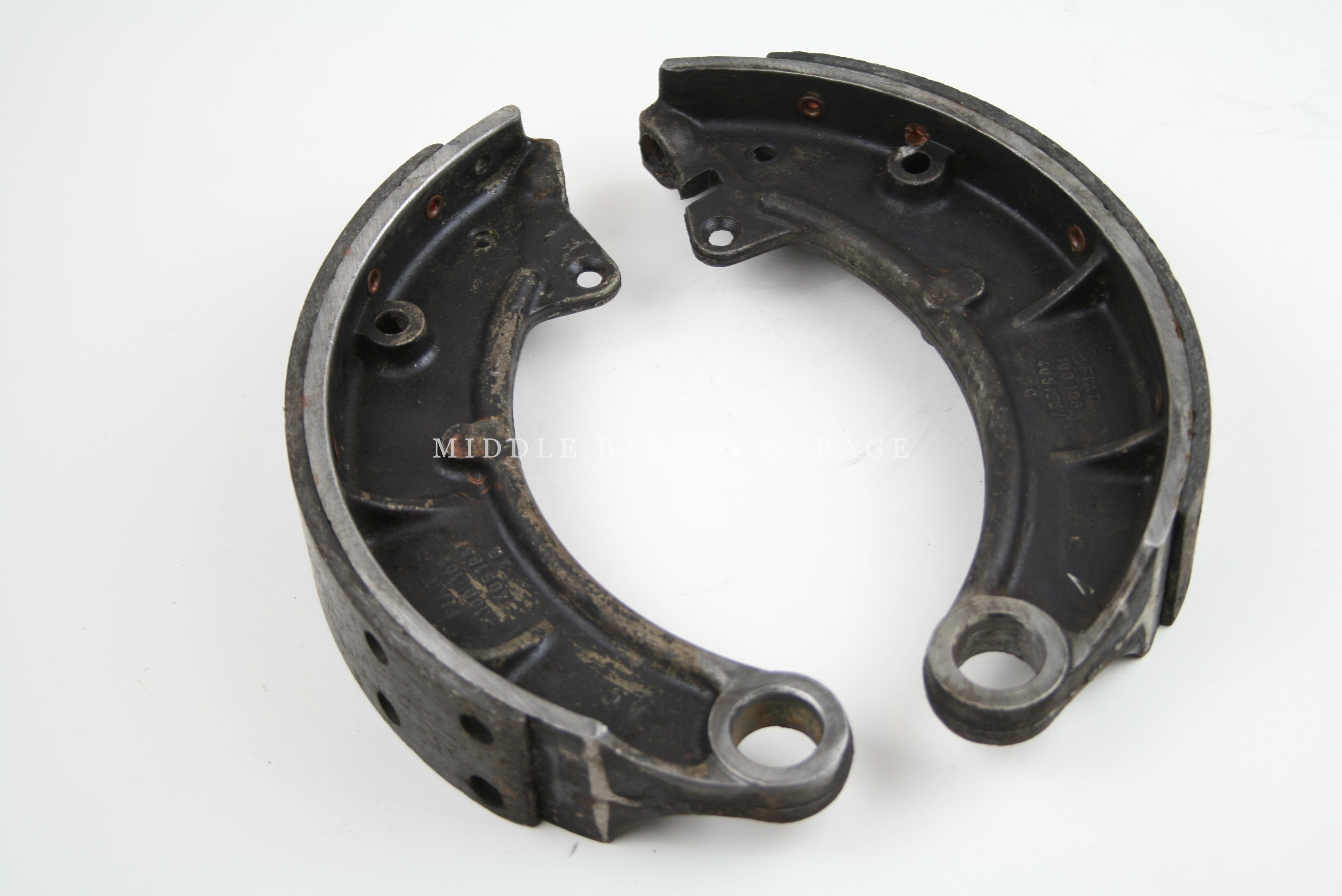 BRAKE SHOES 600 MULTIPLA/850T/900T ON APPLICATION EXCHANGE ONLY